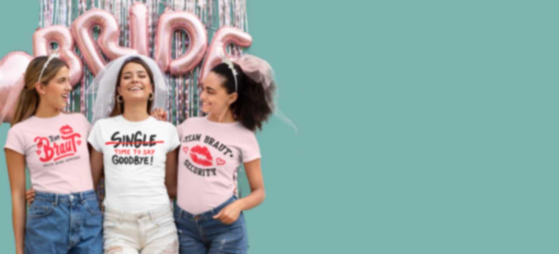 Drei junge Frauen feiern Junggessellinnenabschied